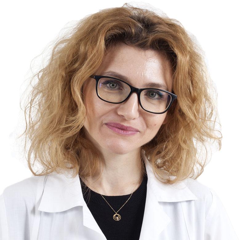 Doctor Gabriela Macotă-Jumuga